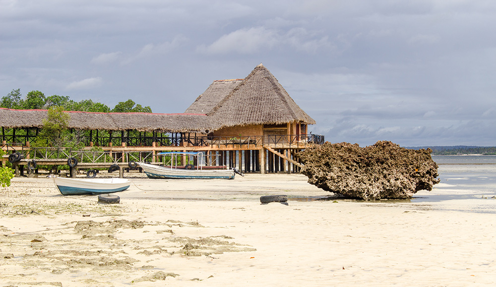 A view of the entrance to Chale Island